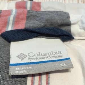 Columbia Shirts - Columbia men's short sleeve button up shirt